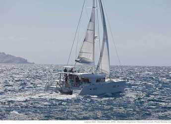 Rent a catamaran in Port of Can Pastilla - Lagoon 400 - 5 cab.