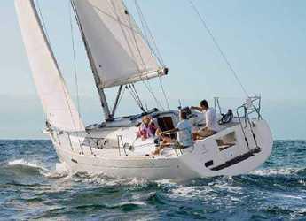 Chartern Sie segelboot in Port of Can Pastilla - Oceanis 34 - 2 cab.