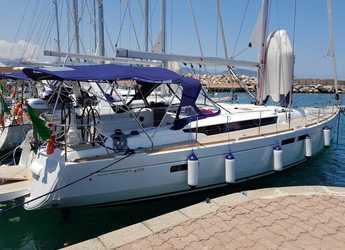 Rent a sailboat in Marina di Olbia - Sun Odyssey 479