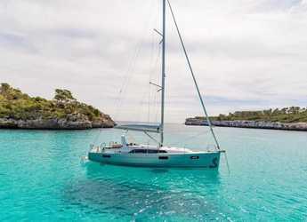 Rent a sailboat in Marina Cala di Medici - Oceanis 41.1
