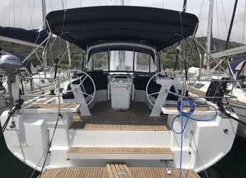 Rent a sailboat in Marina di Portorosa - Oceanis 46.1 (3 cab)