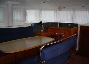 Rent a catamaran in Fort Lauderdale - Lagoon 440