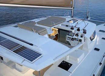Rent a catamaran in Fort Lauderdale - Helia 44