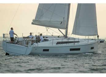 Rent a sailboat in Lefkas Nidri - Oceanis 40.1