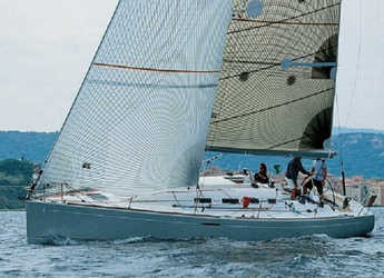 Rent a sailboat in Marmaris - First 40