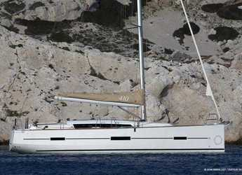 Rent a sailboat in Marina Frapa - Dufour 410 GL