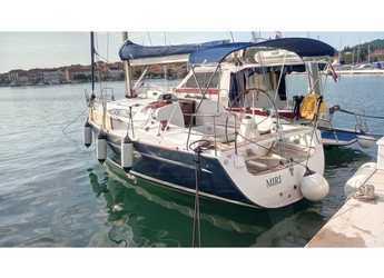 Rent a sailboat in Marina Frapa - Elan 340