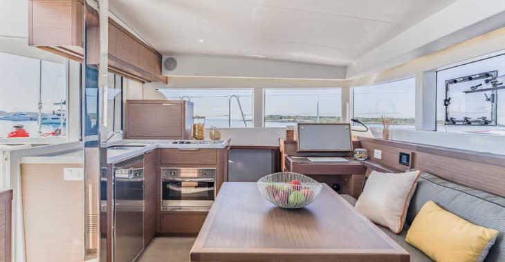 Rent a catamaran in Marina Le Marin - Lagoon 40