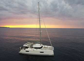 Rent a catamaran in Playa Talamanca - Saona 47