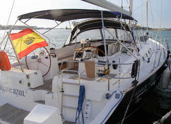 Rent a sailboat in Marina el Portet de Denia - Beneteau Oceanis 52.3