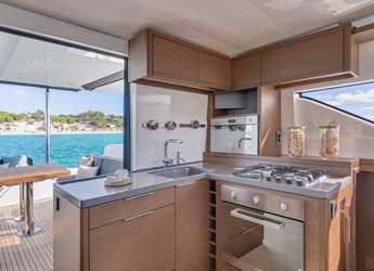 Rent a catamaran in Port Lavrion - Lagoon 50