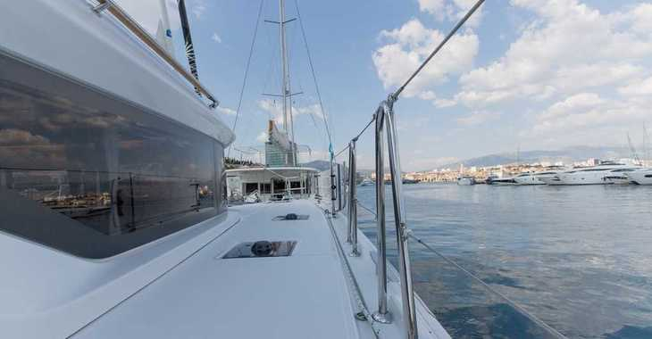Rent a catamaran in Marina Frapa - Lagoon 50 LUX elegance (2019) equipped with airconditioning (saloon + cabins), generator, watermaker, ice maker, dishwasher, washer/dryer, 2 SUP, snorkelling equipment