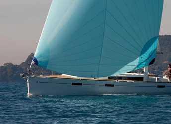 Rent a sailboat in Veruda - Oceanis 45 - 4 cab.