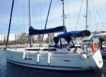 Rent a sailboat in Marina Deportiva Alicante - Dufour 445 Grand Large