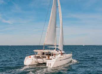 Chartern Sie katamaran in Marina el Portet de Denia - Lagoon 450 Sport