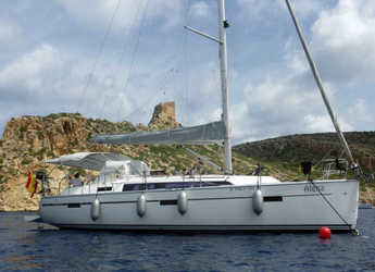 Rent a sailboat in El Arenal - Bavaria Cruiser 37 - 3 cab.