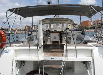 Rent a sailboat in El Arenal - Bavaria Cruiser 56 - 5 + 1 cab.