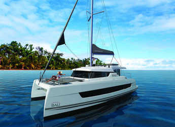 Rent a catamaran in Club Naútico de Sant Antoni de Pormany - Bali Catspace