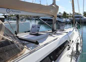 Chartern Sie segelboot in Palm Cay Marina - Dufour 382 Grand Large