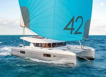 Alquilar catamarán en Porto Capo d'Orlando Marina - Lagoon 42