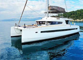 Rent a catamaran in ACI Marina Dubrovnik - Bali 5.4 Open Space - 5 cab.