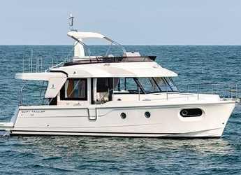Rent a motorboat in Veruda - Swift Trawler 41 Sedan