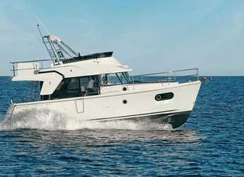 Rent a motorboat in Veruda - Swift Trawler 35