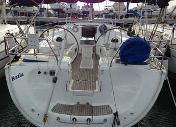 Rent a sailboat in Salerno - Bavaria 42 Cruiser