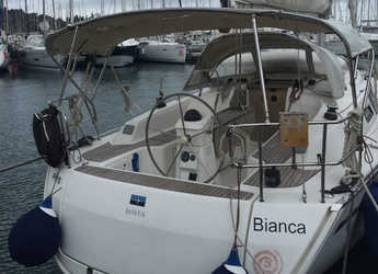Rent a sailboat in Salerno - Bavaria 33 Cruiser