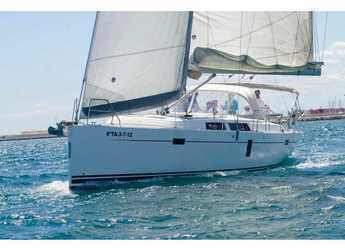 Rent a sailboat in Marina Real Juan Carlos I - Hanse 445