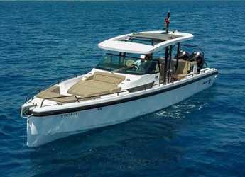 Chartern Sie motorboot in Port Adriano - Axopar 37 T-Top (Only Day Charter)