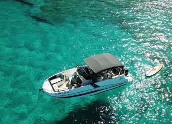 Rent a motorboat in Can pastilla - Beneteau Flyer 8.8 Spacedeck (Only Day Charter)