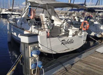 Rent a sailboat in Palermo - Oceanis 35.1