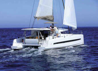 Rent a catamaran in Palermo - Bali 4.5