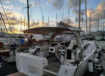Rent a sailboat in Marina di Portorosa - Dufour 430 Grand Large