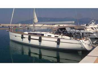 Rent a sailboat in Marina d'Arechi - Bavaria 56