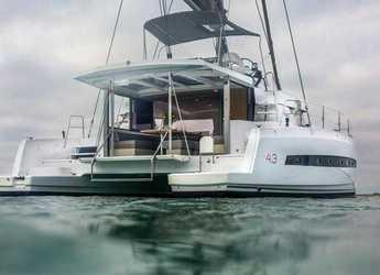 Rent a catamaran in Marina Ibiza - Bali 4.3 Loft