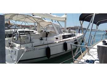 Rent a sailboat in Caorle  - Oceanis 38.1