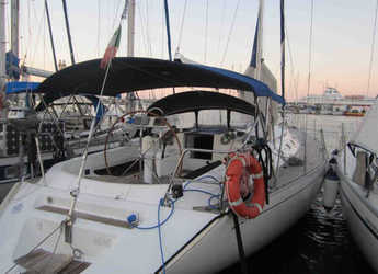 Rent a sailboat in Palermo - Dufour 45
