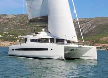 Rent a catamaran in Scrub Island - Bali 5.4 Luxe