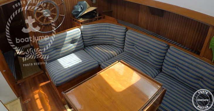 Rent a sailboat in Platja de ses salines - Endurance 37