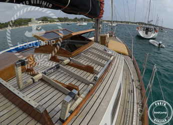 Rent a sailboat in Platja de ses salines - Endurance 37