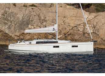 Chartern Sie segelboot in ACI Pomer - Oceanis 38.1