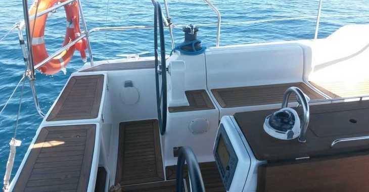 Rent a sailboat in Club Naútico de Sant Antoni de Pormany - Dufour 425 Grand Large