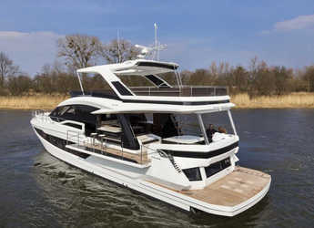 Rent a motorboat in Marina Baotić - Galeon 640 Fly