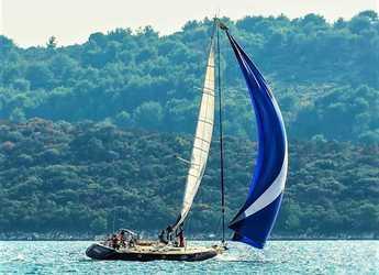 Rent a sailboat in Matejuska port - Beneteau 62