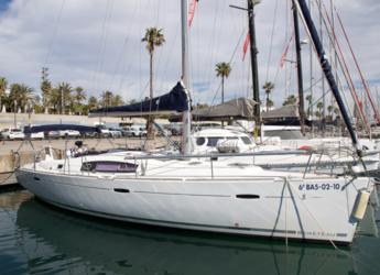 Rent a sailboat in Port Olimpic de Barcelona - Beneteau Oceanis 43