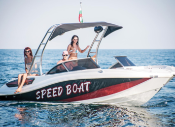 Rent a motorboat in Port Olimpic de Barcelona - Mercan Yachting Butterfly 24
