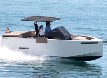 Rent a motorboat in Port Olimpic de Barcelona - De Antonio Yachts D28