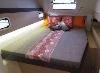 Rent a catamaran in Marina Sudcantieri - Bali 4.3